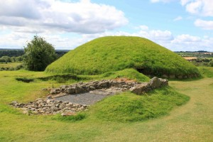 Knowth Tombs