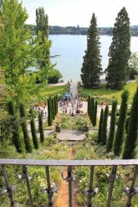 Blumen-Wassertreppe